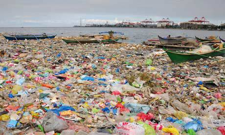 plastics-covered-manila-bay